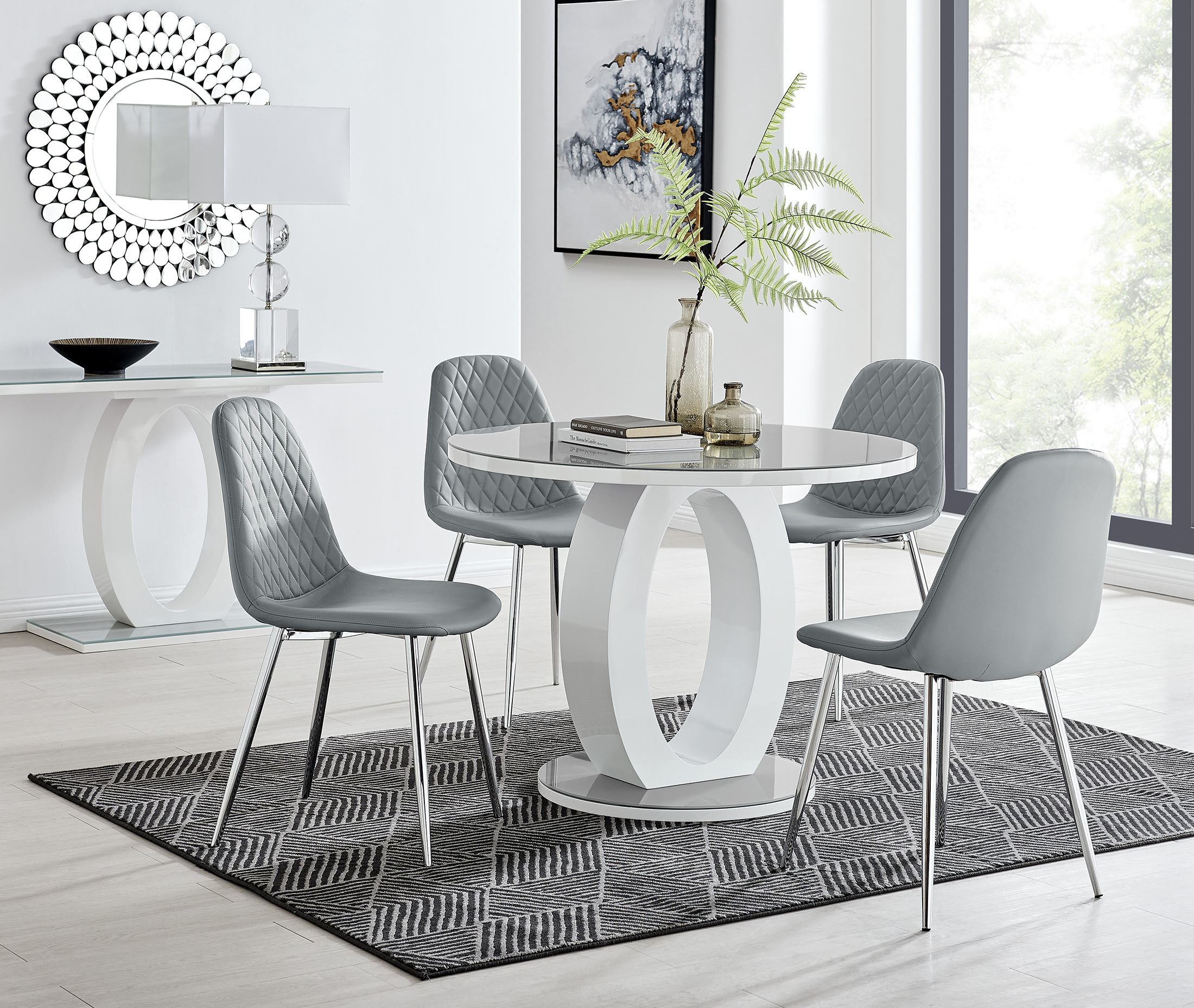 Grey White Round Gloss Dining Table, Round Kitchen Tables And Chairs Uk