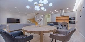 5 Dining Room Lighting Ideas To Transform Your Home